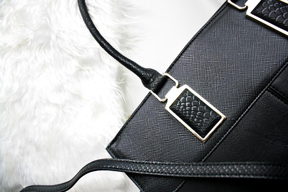 Módní kabelka