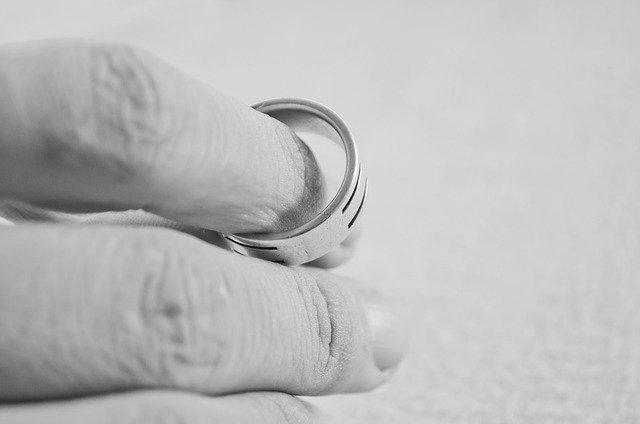 sundaný prsten