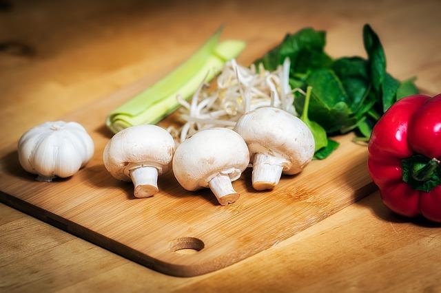 houby se zeleninou