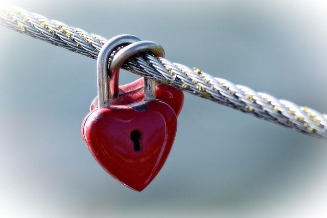 Červená srdce na klíč